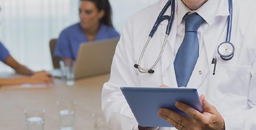 برای درمان بواسیر به چه پزشکی مراجعه کنیم،زمان مراجعه و سوالات مهم